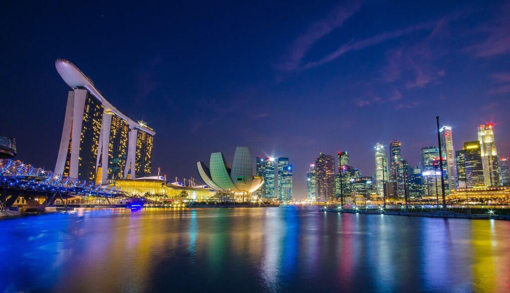 Нова Година в Сингапур и Филипините